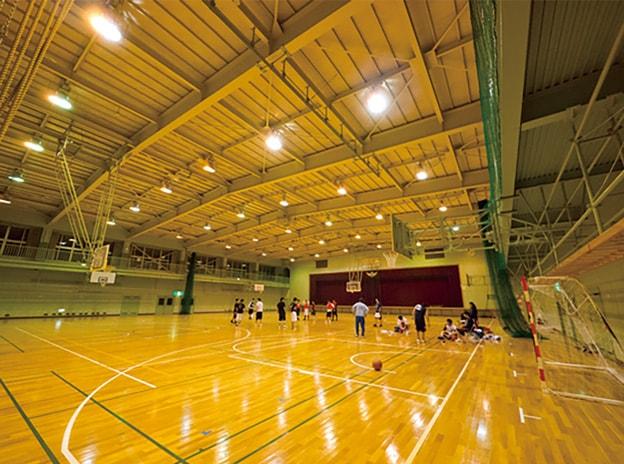 10:体育館