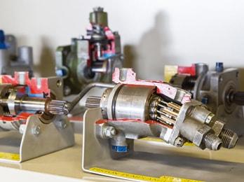 カットモデル(油圧ポンプ)