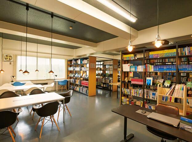 9:図書室